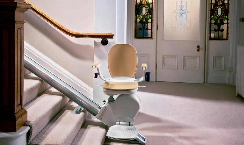 Acorn Straight Stair Chair 130 bottom of stairs