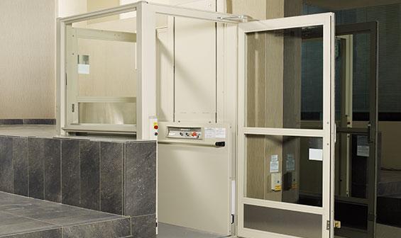 Indoor Vertical Wheelchair Lift