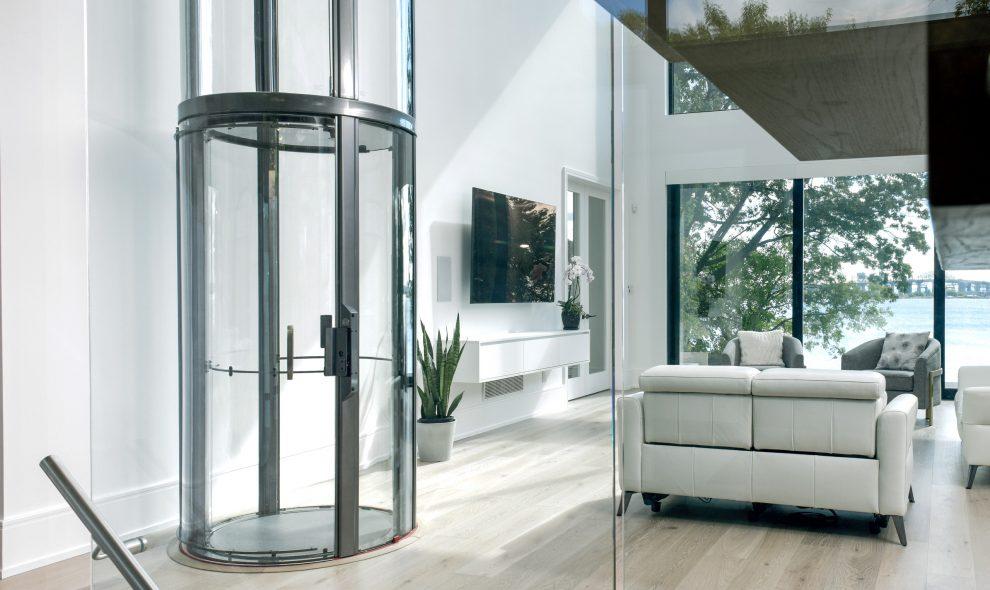 Savaria Vuelift mini glass elevator